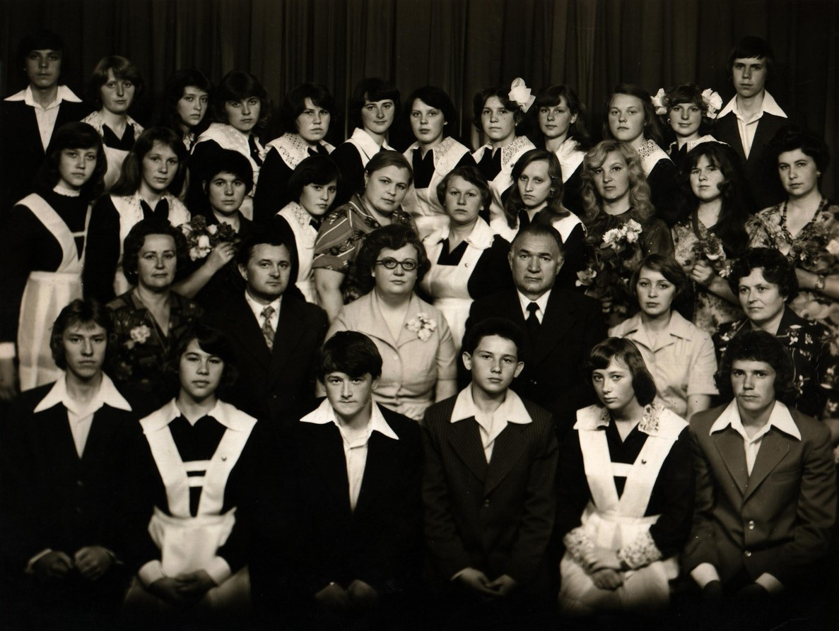 1979-10